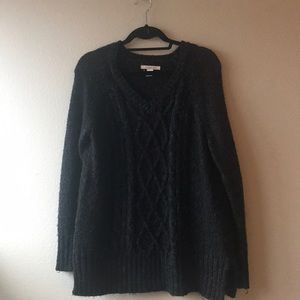 Cozy dark grey knitted sweater.
